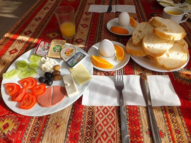 パムッカレで食べる朝食は