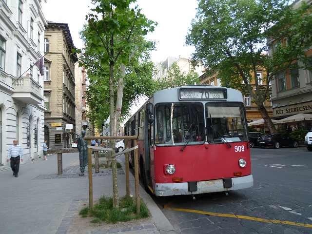 ブダペストの市内バス:ハンガリー