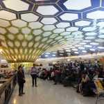 アブダビ空港、乗継待ちの写真