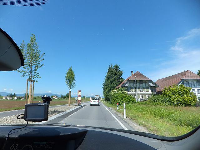 スイスの道路の景色