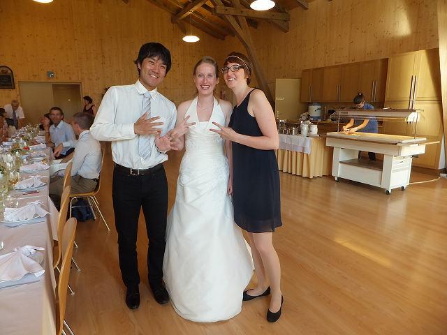 スイス、結婚披露宴 友達と