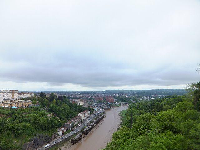 吊り橋から見たブリストル市内