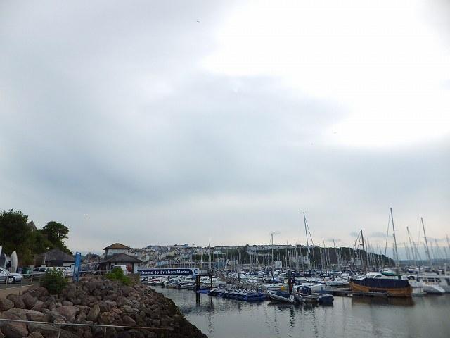 Brixhamブリックハムの町:イギリスの小さな港町