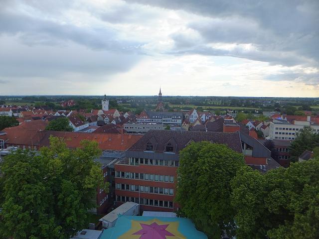 ドイツ移動式観覧車から見た田舎町の景色
