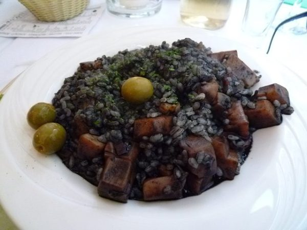 イカスミリゾット:クロアチア料理
