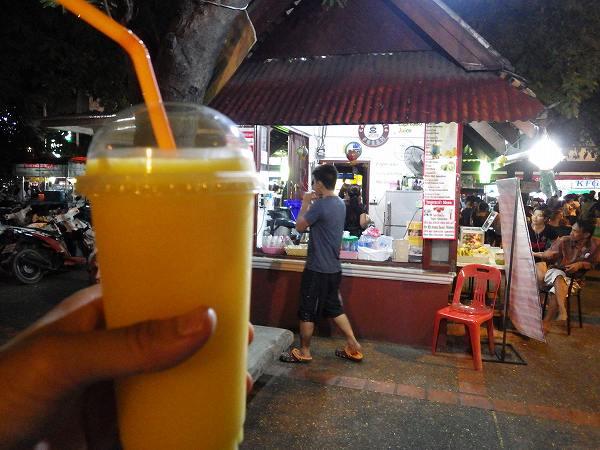 マンゴージュース:タイ、チェンマイ