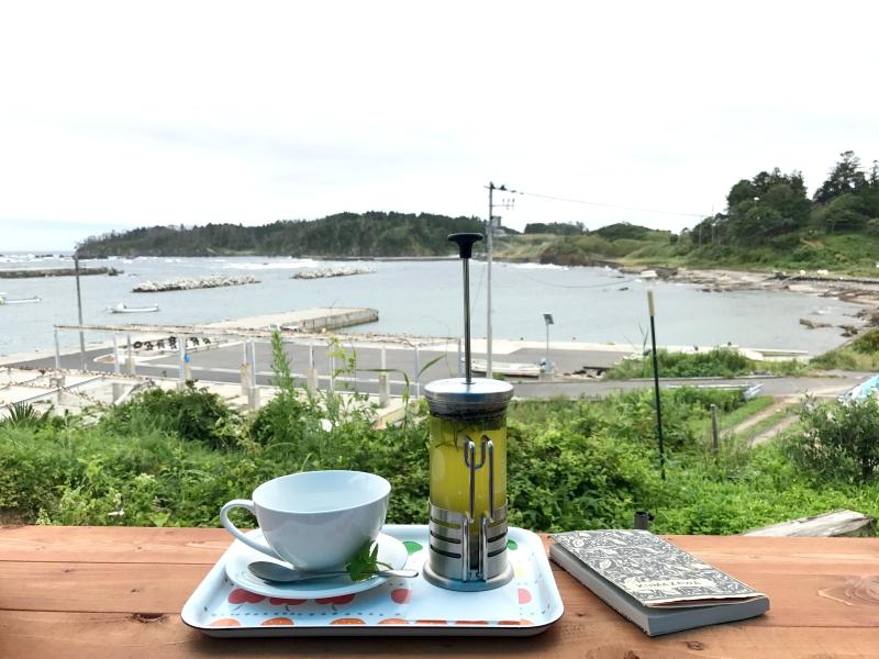 南三陸のカフェかなっぺ!テラス席からの景色