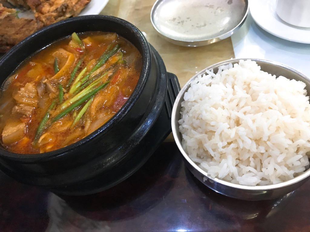 豆腐チゲ!北朝鮮レストランinビエンチャン