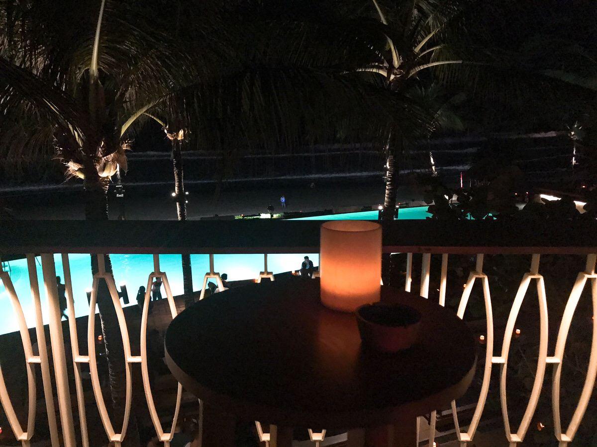 夜の雰囲気・ポテトヘッドビーチクラブ