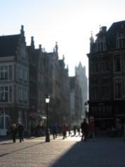 Délutáni napsütés Bruggeben