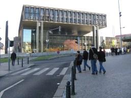Tudja valaki, hogy mi ez az épület??