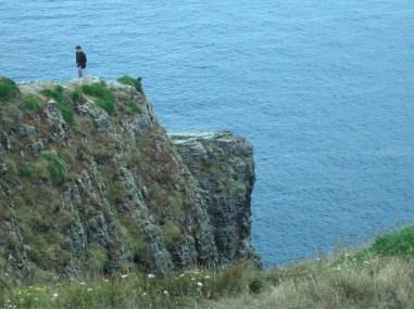 Jeremy a sziklaszirten