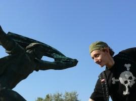 Kalóz vs. Kommunista hős I. kör
