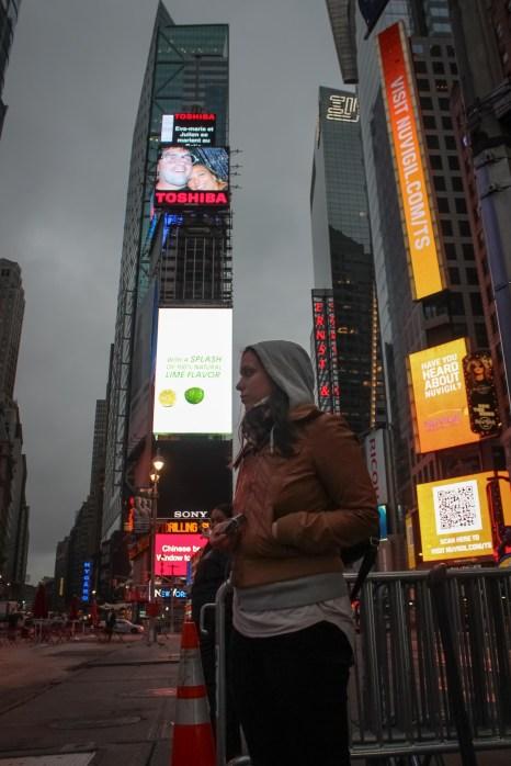 Ági - New York Times Square
