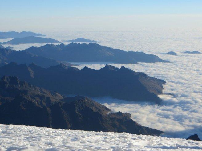 Mer de nuages sur l'Amazonie