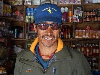 Un moniteur de ski au Zanskar