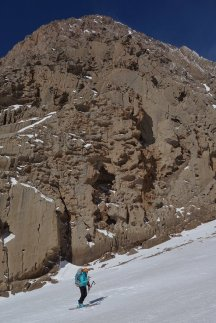 Le coin doit être assez venté, car on retrouve des taffonies dans les calcaires des falaises !