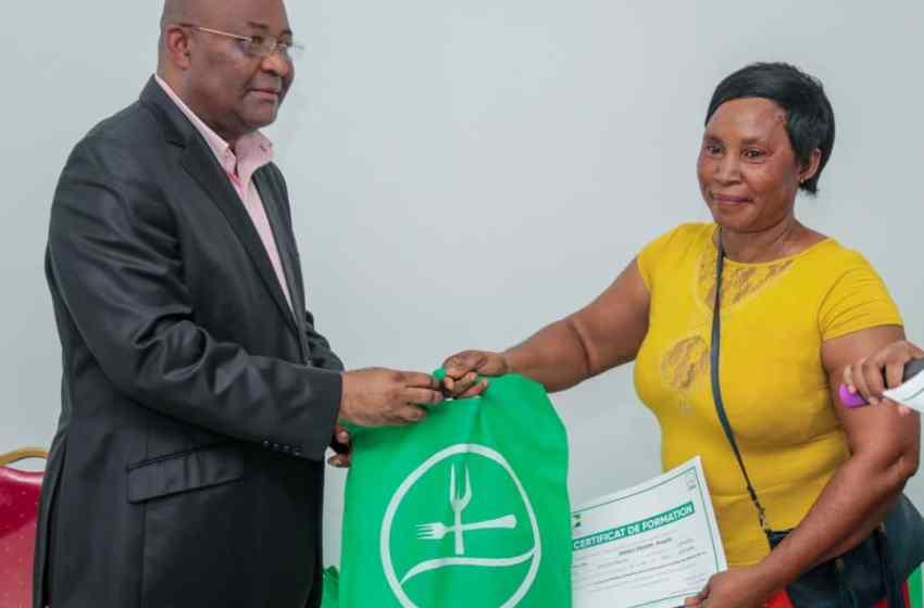 L'AGASA a procédé à la remise des certificats aux opérateurs.