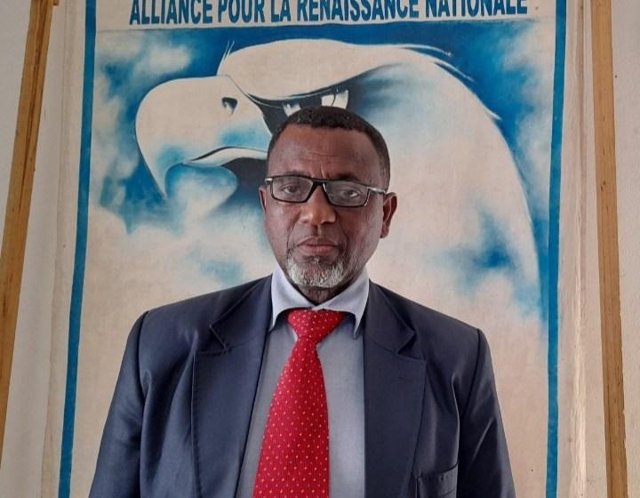 """Gabon/Politique: """"Arrêtez de moutoniser les altogovéens, le Haut-Ogooué n'appartient pas qu'aux natifs de cette province"""", dixit Richard Moulomba Mombo"""