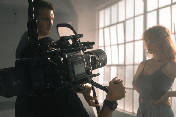 On Camera Acting T. Schreiber