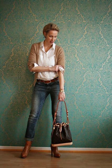 office style women 50 18 elegant work wear