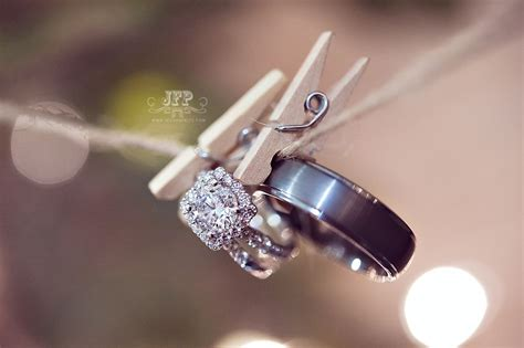 ring shots wedding photography macro photography wedding ideas