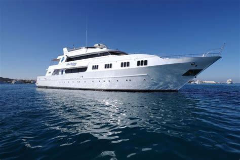 red sea master blue horizon liveaboard egypt divebooker