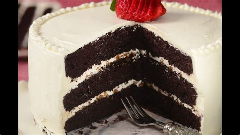 chocolate cake swiss buttercream recipe demonstration joyofbaking youtube