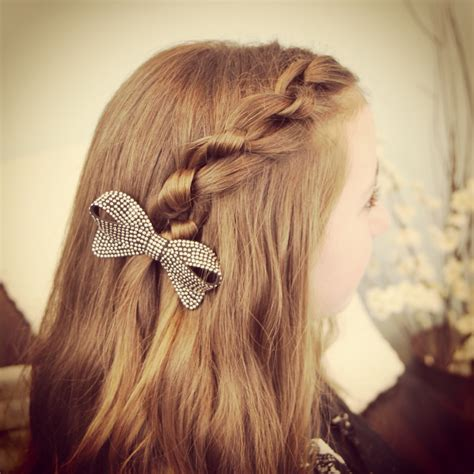 knotted pullback easy hairstyles cute girls hairstyles