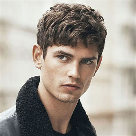 10 hairstyles suit men oval faces pouted magazine