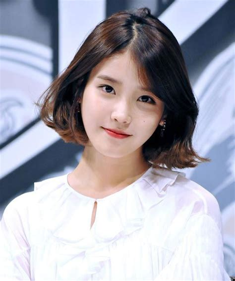 cute iu short hairstyle cheveux courts visage rond