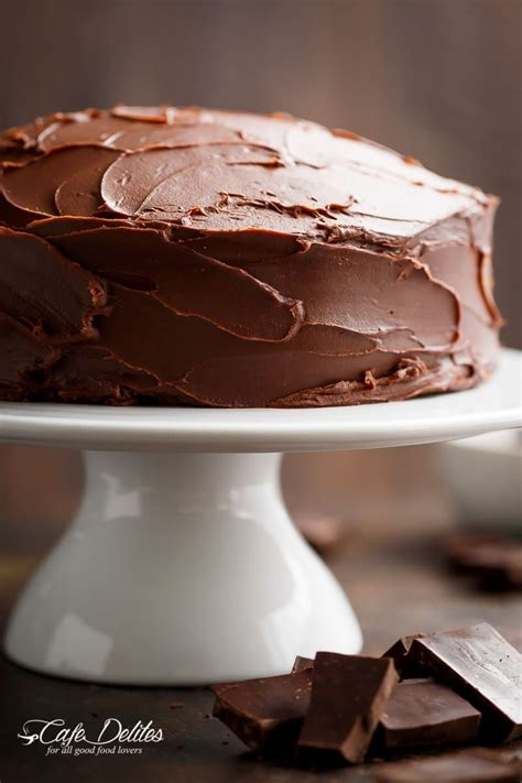 amazing bowl fudgy chocolate cake rich decadent pe