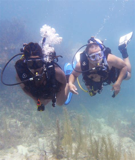 scuba dive training fun key largo florida sail