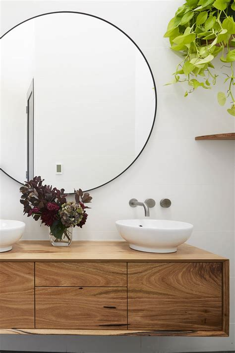 large mirror 10 home tlc interiors