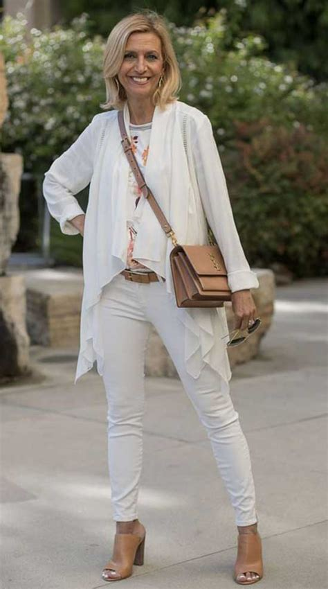 30 casual outfits 50 year woman spring summer