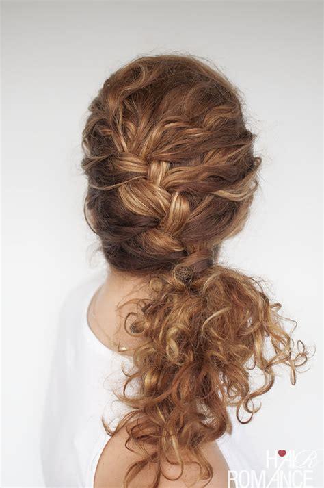 hair styles involving curls