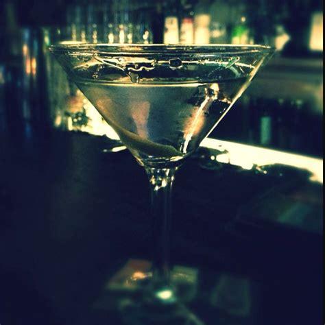 extra dry walkers tribeca martini glass glassware yummy
