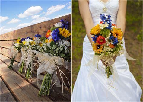 colorado rustic wedding country wedding bouquets country style