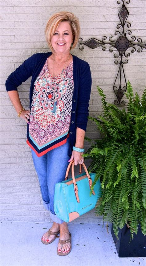 50 handkerchief top summer outfit fashion 40 everyday