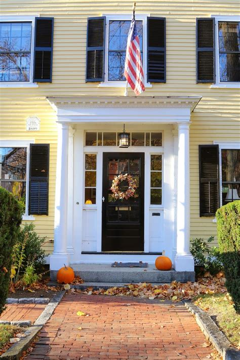 marblehead massachusetts england living colonial house exteriors yellow
