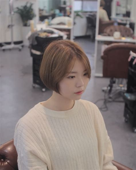 voluminous short bob kpop korean hair style