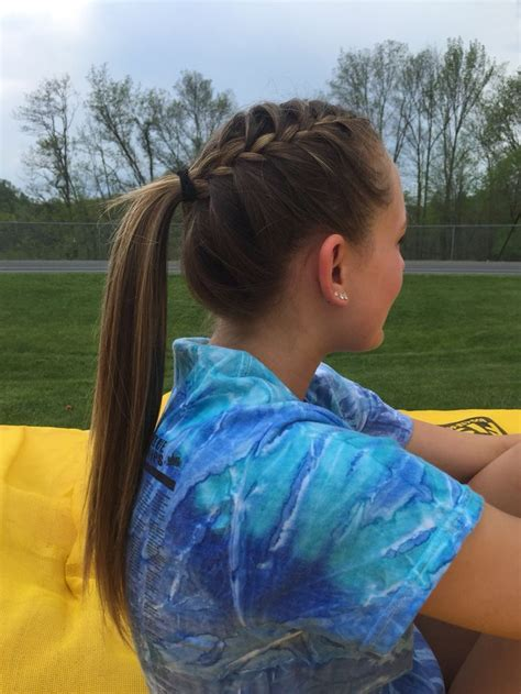 track runner hair volleyball hairstyles sports hairstyles sporty