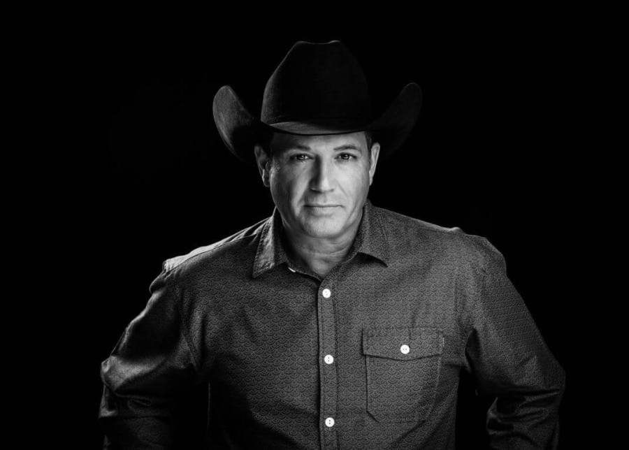 Country artist Tracy Byrd