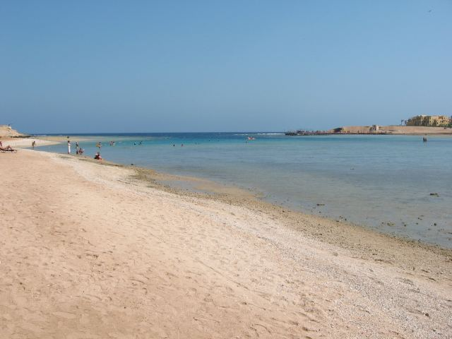 Strand Lamaya