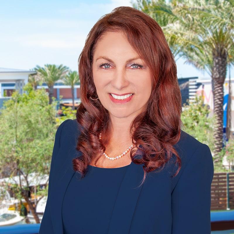 Lori Zorn, CFP®, ChFC®,CDFA™ | Associate Vice President | TSG Wealth Management
