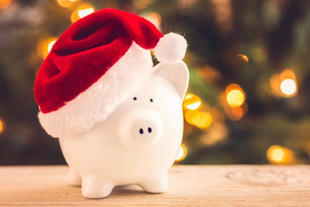 Sticking-to-a-Christmas-budget-will-maximize-your-savings