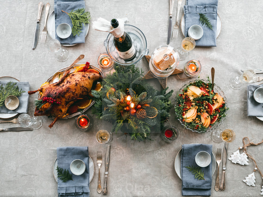 There's no better choice than beautiful Christmas table settings for the holiday