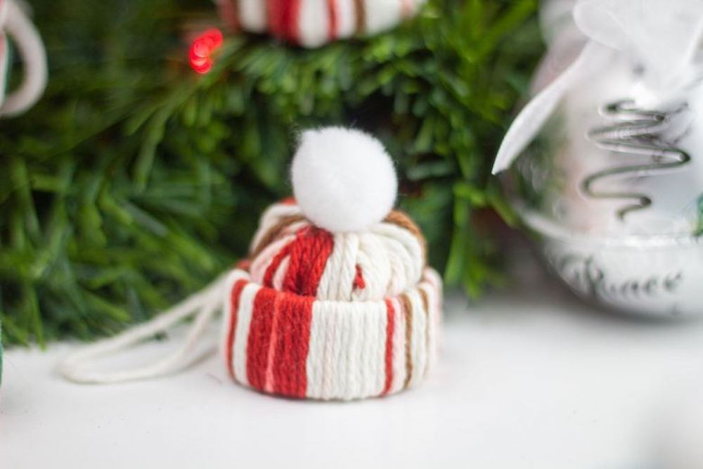 Give your hand a try at making these easy and simple DIY Christmas ornaments