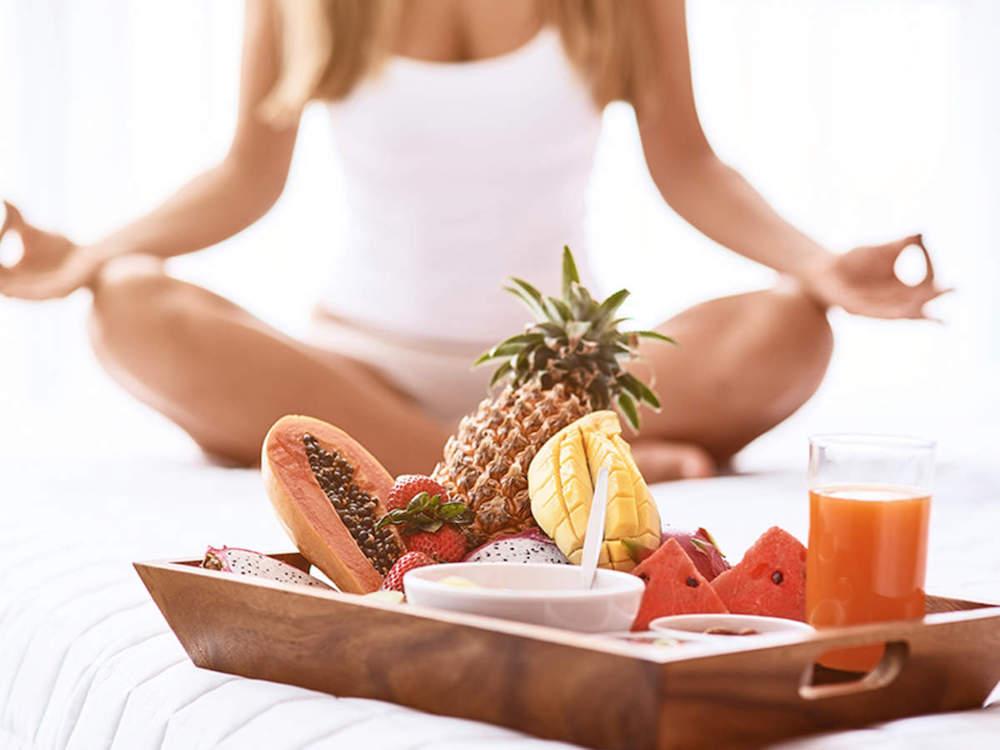 Yoga-improves-your-eating-habits-Benefit-of-yoga