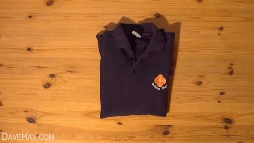 How-to-fold-a-t-shirt-without-wasting-time